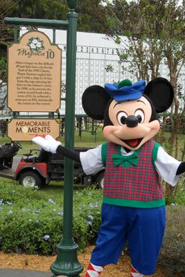 Golfing Mickey