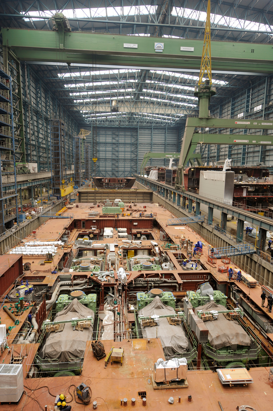 Big Ships Engine Rooms: Starting The Disney Dream Engines « Disney Parks Blog
