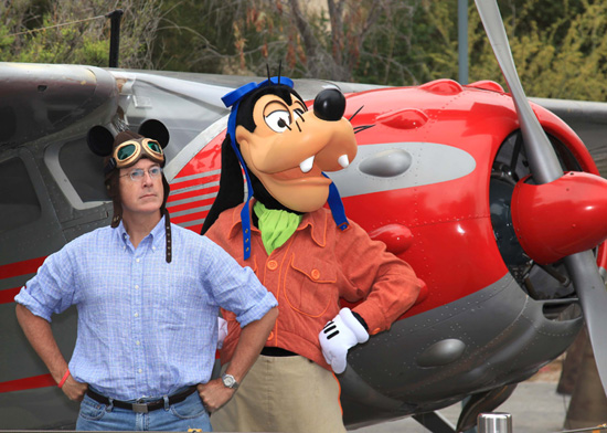 Stephen Colbert with Goofy at Disney California Adventure park