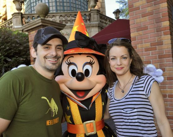 Country Music Singer Brad Paisley and His Wife, Actress Kimberly Williams- Paisley