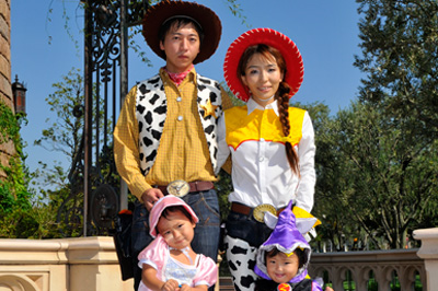 Tokyo Disneyland Guests in Halloween Costumes