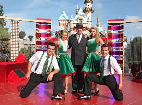 "Big Bad Voodoo Daddy Joined By ""Dancing With the Stars"" Professional Dancers Tony Dovolani, Chelsie Hightower, Kym Johnson, and Louis Van Amstel"