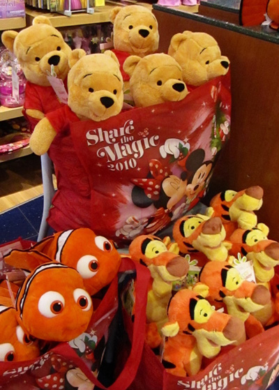 Disney Store Gives 20,000 Plush Toys to Toys for Tots Foundation