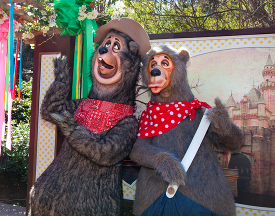 Country Bears at Disneyland Park's Character Fan Days