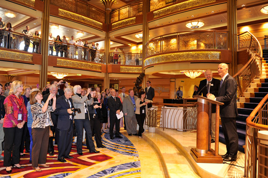 Disney Dream Commemorates Maritime Plaque Exchange with Governor