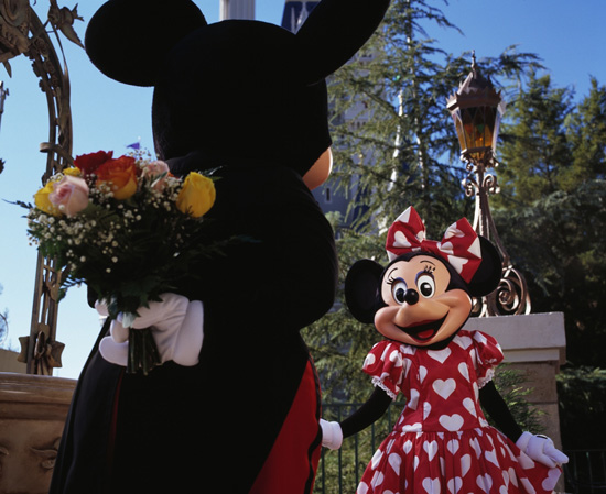 Mickey and Minnie Celebrate Valentine's Day at Disney Par