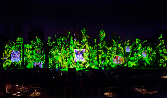 'The Magic, The Memories and You' Projection Show at Disneyland Park