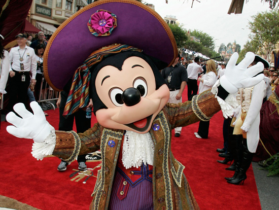 Disneyland Park to Host the World Premiere of 'Pirates of the Caribbean: On Stranger Tides'