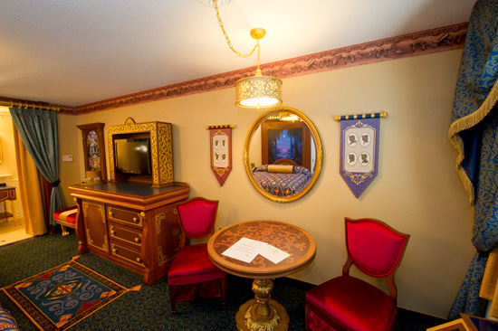 Royal Guest Room at Disney's Port Orleans Resort – Riverside