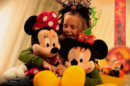Mickeys Spooktacular In-Room Celebration Returns to the Walt Disney World Resort