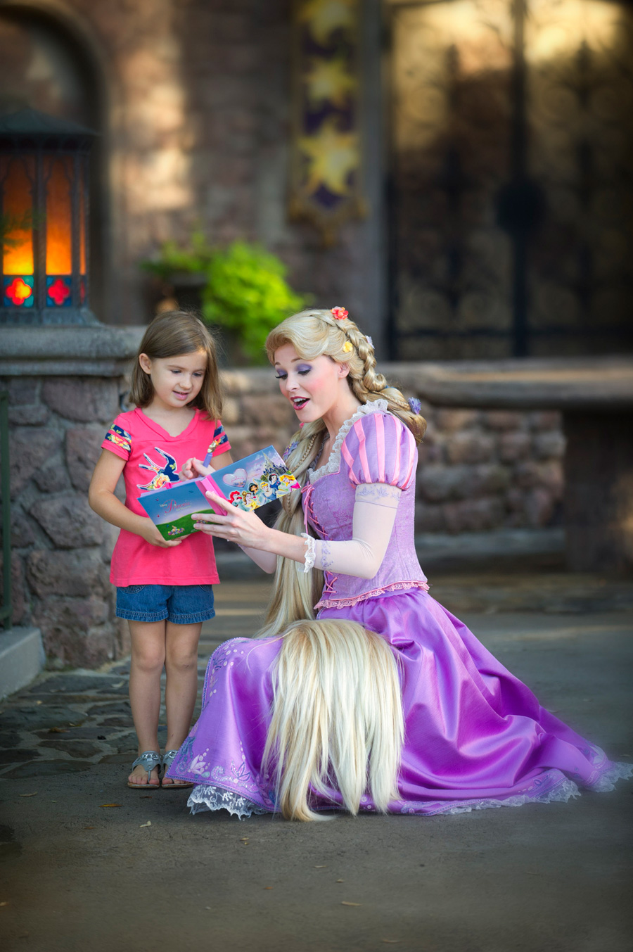 tangled meet and greet magic kingdom