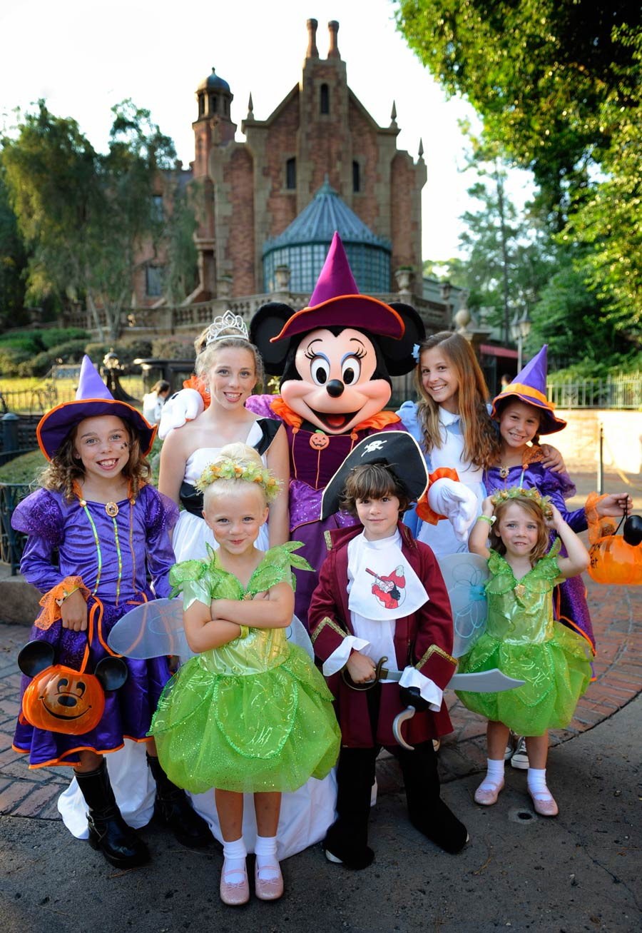 Boo To You Mickey S Not So Scary Halloween Party Scares