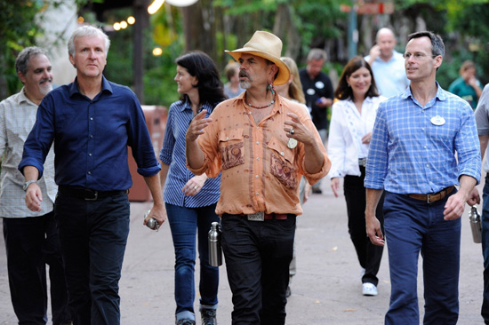 Disneys AVATAR: James Cameron Explores Disney's Animal Kingdom