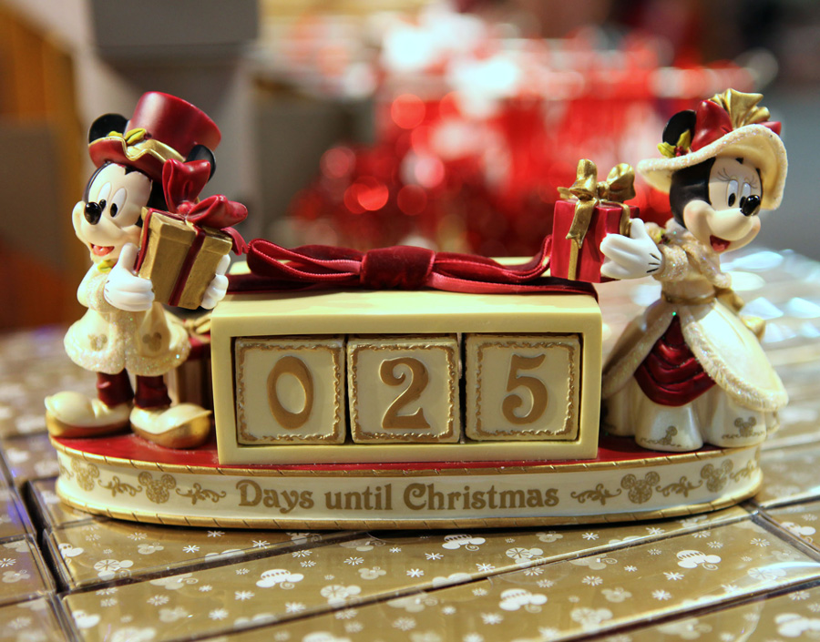 Decorating Disney Style for the Holidays « Disney Parks Blog