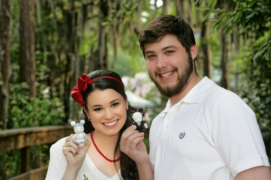 11 Couples Say 'I Do' on 11-11-11 at Walt Disney World Resort – Seymour/Thibodeau. Photo by: David and Vicki Arndt Photography