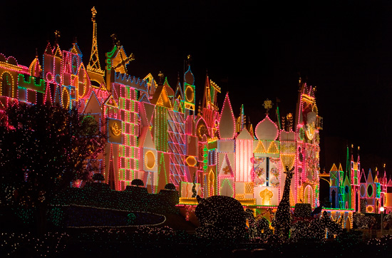 Disneyland Resort Guided Tours: Holiday Time at Disneyland Park Tour