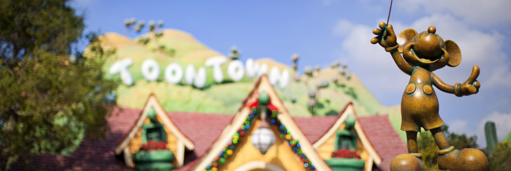 Celebrating the Holidays at Mickey's Toontown at Disneyland Park
