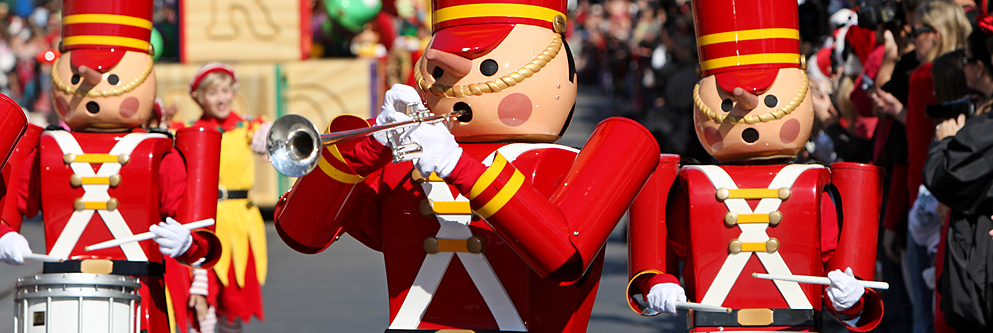 A Christmas Fantasy Parade at Disneyland Park