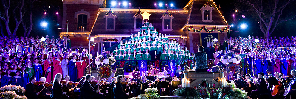 Candlelight at Disneyland Park for the Holidays