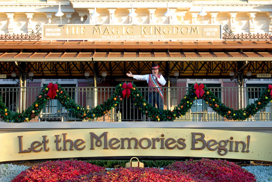 Mayor Weaver Greets Guests at Magic Kingdom Park During the Magic Kingdom Welcome Show