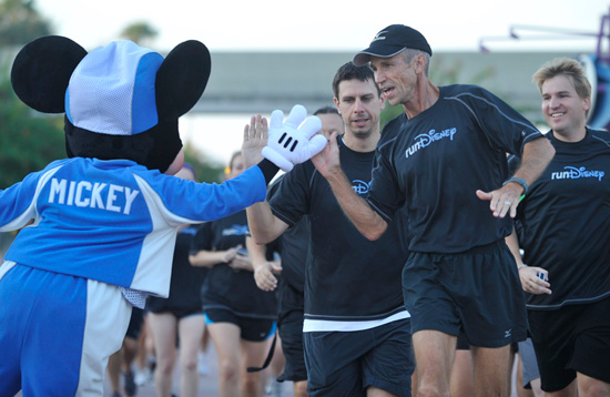 Meet-Up and Warm Up for the Walt Disney World Marathon with Running Guru Jeff Galloway