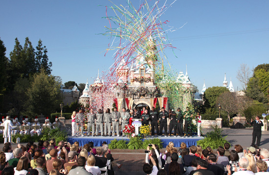 Rose Bowl Teams Wisconsin Badgers and Oregon Ducks Visit Disneyland Park