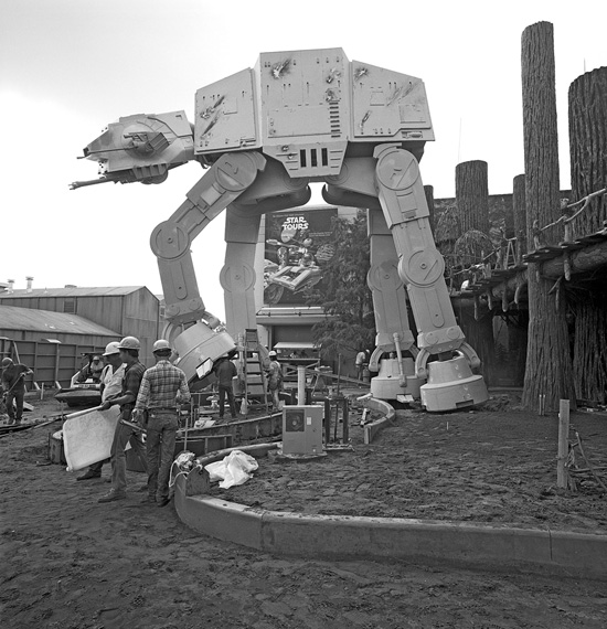 Vintage Walt Disney World: The Force Lands at Disneys Hollywood Studios
