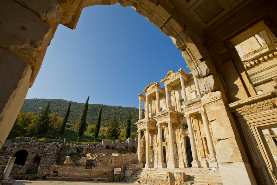 The Disney Magic Sails to Ephesus, Tu
