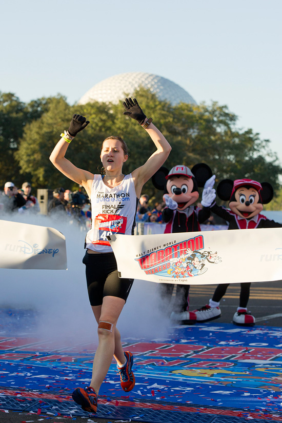 Brazil's Costa Establishes New Streak at Dramatic Walt Disney World Marathon