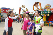 Hong Kong Disneyland's Star Guest Program Returns Today