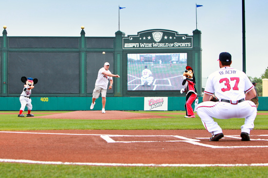 Chicago Bears Linebacker Brian Urlacher Throws First Pitch at the Walt Disney World Resort