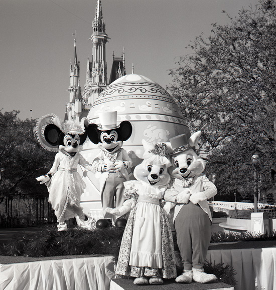Vintage Walt Disney World: Mr. & Mrs. Easter Bunny Visit Magic Kingdom Park