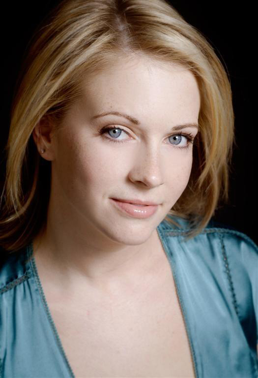 Moms Panel: Melissa Joan Hart Live!
