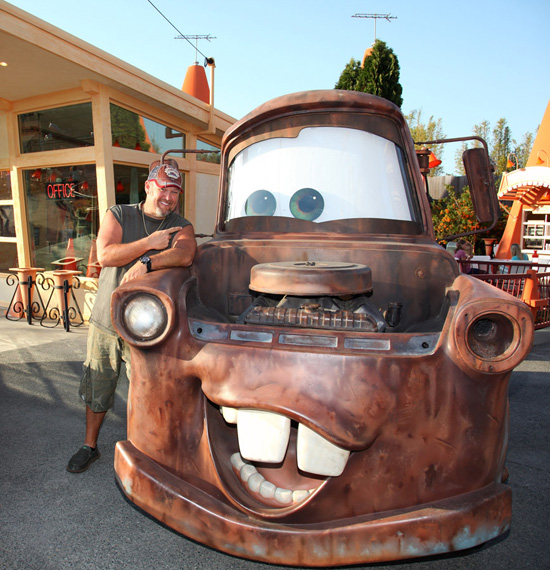 Photo: Larry the Cable Guy and Mater at Cars Land in Disney California Adventure Park