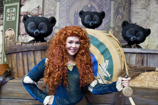 Meeting Merida from DisneyPixar's 'Brave' at Disney Parks
