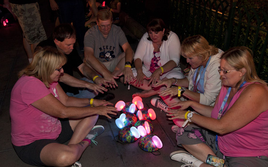 Disney Parks Blog Readers at the Glow With the Show Meet-Up at Disney California Adventure Park
