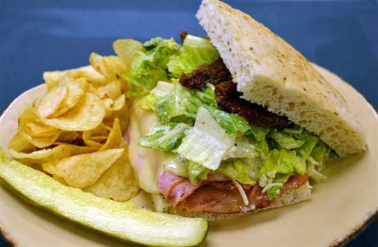 Create Your Own Sandwich at Makahiki Restaurant at Aulani, A Disney Resort &#038; Spa