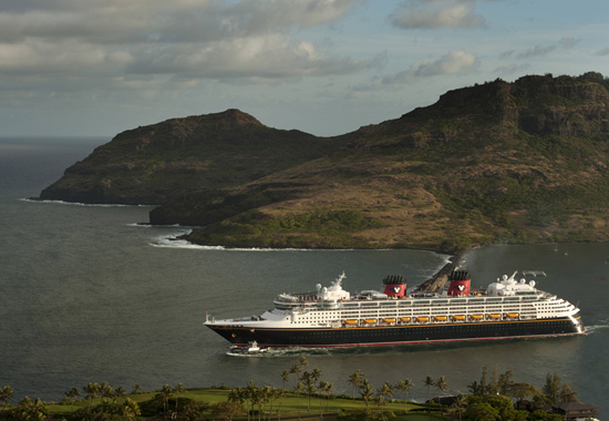 The Disney Wonder in Hawai'i