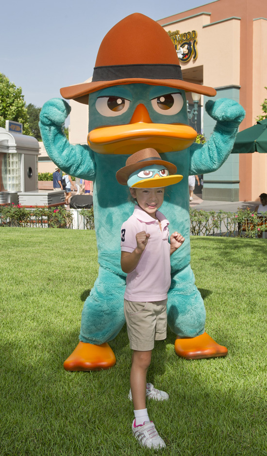 'Modern Family' Star Aubrey Anderson-Emmons with Agent P at Disney's Hollywood Studios