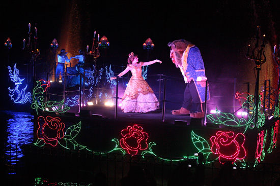 Disneyland Resort Viewing Tips: 'Fantasmic!' at Disneyland Park