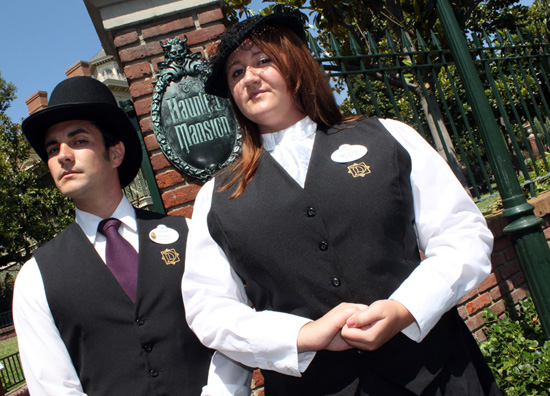 Disneyland Resort Guided Tours: Disney's Happiest Haunts Tour
