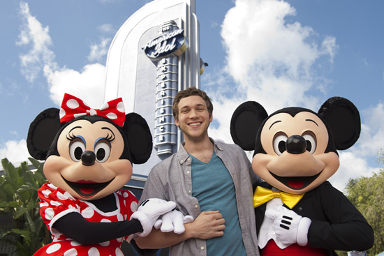 New 'American Idol' Phillip Phillips Surprises Guests at Disney's Hollywood Studios