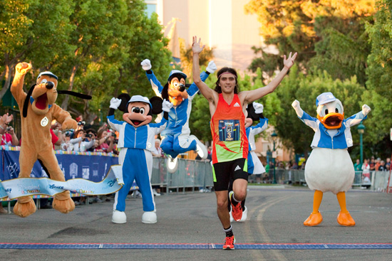 Jimmy Grabow Wins Disneyland Half Marathon