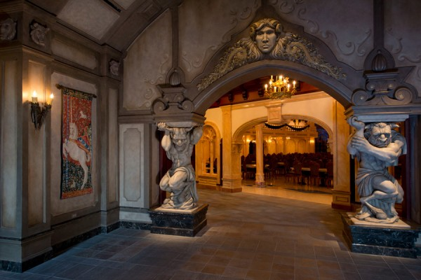 Take A Tour Of Be Our Guest Restaurant In New Fantasyland
