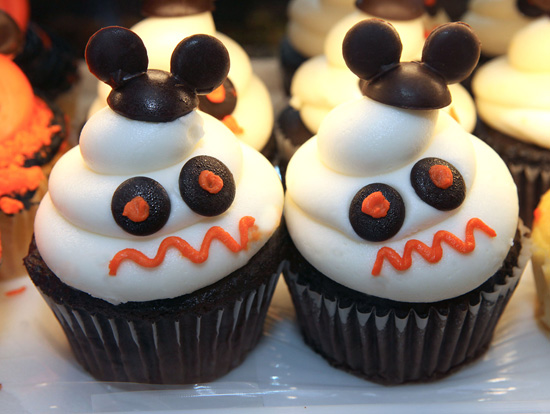 Halloween Icons Inspire Delightfully Delicious Treats at Disney Parks