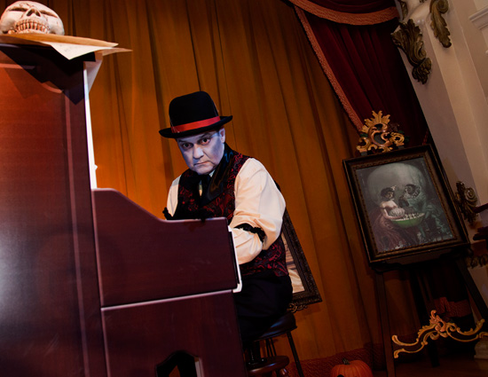Mr. Key Daver Performing in the Golden Horseshoe During Mickey's Halloween Party in Disneyland Park