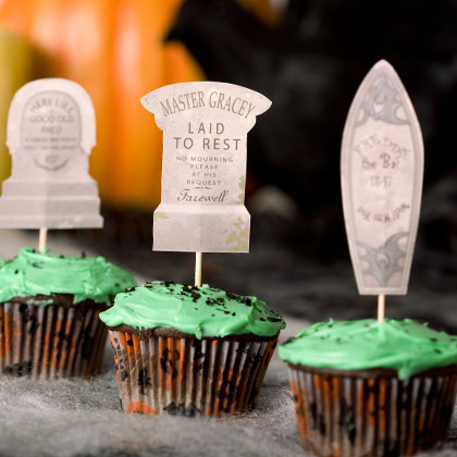Make Your Own Haunted Mansion Cupcake Tombstones