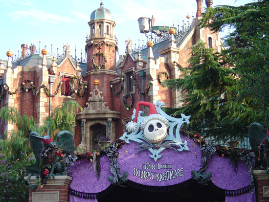 The Haunted Mansion Holiday Nightmare at Tokyo Disneyland Park