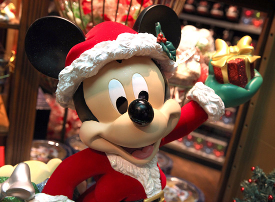 Black Friday and Cyber Monday Deals on Disney Parks Online Store for Holidays 2012