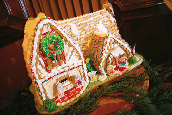 Snow White and the Seven Dwarfs Gingerbread Cottage in Carthay Circle Restaurant and Lounge at Disney California Adventure Park